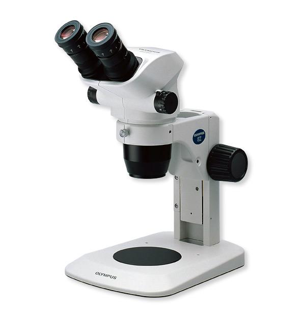 Microscópios Estéreis SZ51 e SZ61 ZOOM